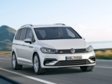 Location voiture Monaco Volkswagen Touran 7 places